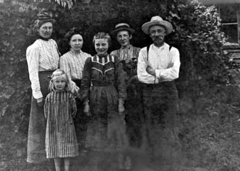 Walter Ashford and family-for blog